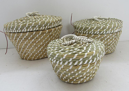 storage basket,fruit basket,made of sea grass,S/3